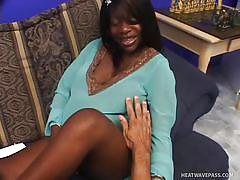 Ebony prego crave for a cock