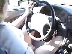 Lekker vingeren tijdens auto ritje