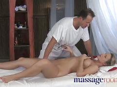 Massage orgasm g-spot rub