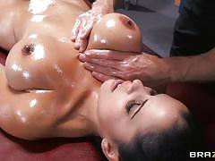 Busty diamond kitty gets oiled up!