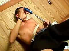 Riley wiggins jerking off his big cock.