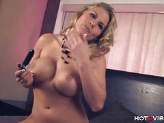 Charisma cappelli blonde loves her hot g vibe .