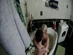 Sex in the tub - hidden (?) cam (no sound)