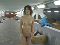 Japanese girl flasher
