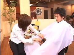 Hairdesser handjob
