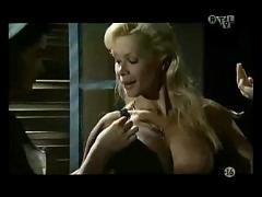 Julie mclaughlin & krystyna ferentz