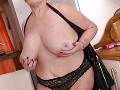 Chubby granny has some solo fun
