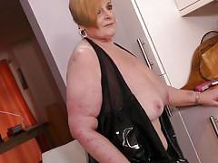 Chubby granny has some solo fun