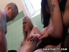 3 amateur lesbian girlfriends share one cock with cumshot