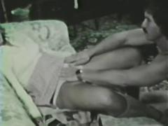 Vintage loop - schoolgirl's dream
