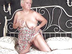 blonde, big tits, mature, solo, masturbation, dildo, short hair, bedroom, fat, bbw, mature nl, christine t.
