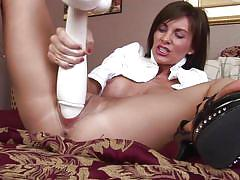 Brandi uses gigantic dildo
