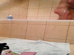 Polish teen having shower hidden cam!