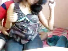 Very hot indian desi girl has hot sex