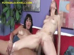 Black cock from pussy to pussy