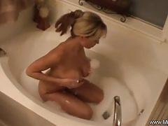 Bathtime session for busty blonde amateur milf mia