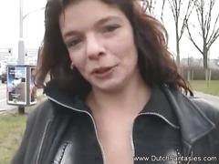 Dutch woman wants interesting sex