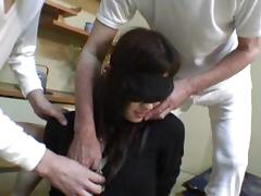 Japanese young flesh girl sucked by the old man clip2