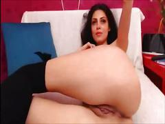 Playful webcam model shows mastership of masturbation