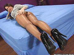 jbvideo.com, busty, big-boobs, kinky, kink, masturbate, masturbating, pantyhose, tease, long-legs, sexy, feet, foot, dildo, heels, strip, belgian, big-tits, mom