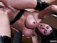 Big boobs belgian milf likes it big