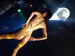 Micro bikini oily dance 3 - 01 yui komine