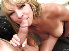 Blonde milf performs rimjob