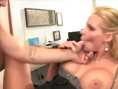 Blonde's pussy hole filled completely