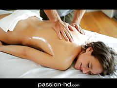 Passionhd - masseur stuffs hot coed with cock