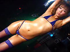 Micro bikini oily dance 3 - 03 neon kando