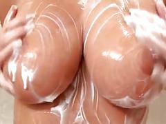 Zuzana- shower play