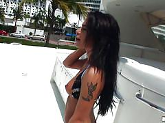 Fucking a superb booty latina