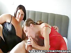 Amateur homemade threesome hardcore action