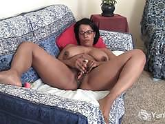 Chubby ebony natalia toying her black pussy