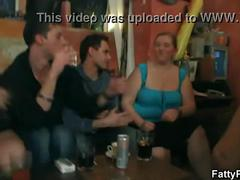Hot bbw party in the pub