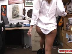 Sexy card dealer pawns a tablet and nailed at the pawnshop