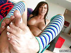 Feet love with carina
