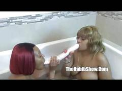 Thickredxxx and golden lesbian lovers. p2 (new)