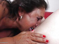 Two mature lesbos lick young asshole