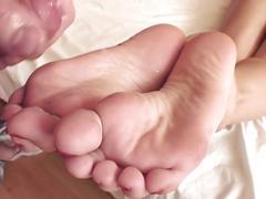 Sophie's orgasmic footjob