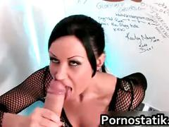 Uk slut lolly badcock sucking off a big