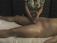 Je me suis fait massai le chibre chais aurélie une masseuse professionnelle