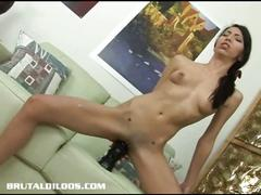 Teen fuck her own pussy