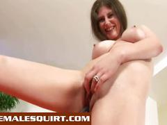 Two hot bitches solo squirting