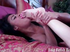 Sexy chicks toe sucking compilation