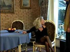 Geile deutsche blondine durchgefickt teil 1