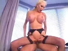 Mature woman fucked by young dick ...f70