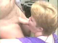 Mature bbw deepthroat