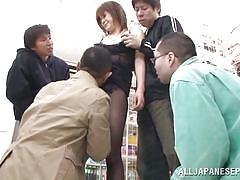 Ai sucks the dick of a shopkeeper