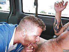 Dude gets tricked into a homosexual blowjob